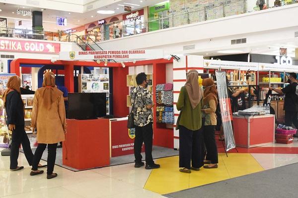 pameran artos mall