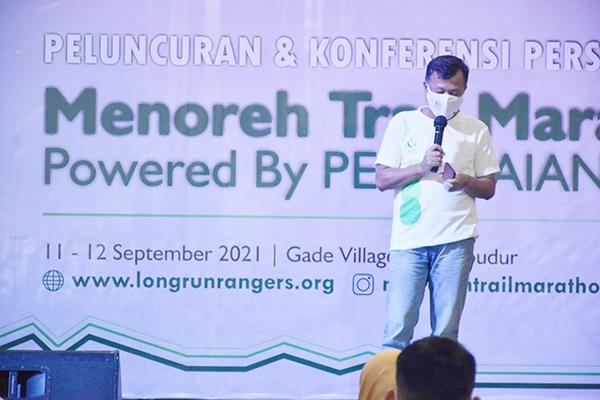 002 Bpk Mushonif dari PT Pegadaian Persero Memberikan Sambutan di Peluncuran Menoreh Trail Marathon 2021